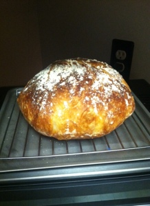 Kick-ass loaf of bread, from scratch, people.